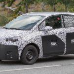 Появились первые фотоснимки модели Opel Meriva нового поколения