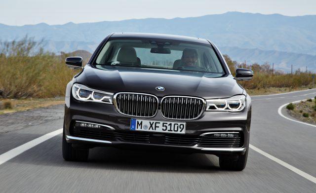 BMW 7 series 2016 - фото
