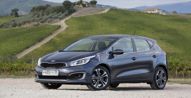 На российском автомобильном рынке начались продажи нового поколения KIA Ceed