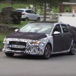 Обновленный хэтчбек i30 от Hyundai испытывается в Альпах