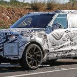 Обновленный внедорожник Discovery от Land Rover уже проходит испытания