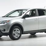 Рестайлинговый кроссовер Toyota RAV4 уже начал продаваться
