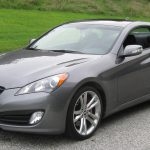 Купейный Hyundai Genesis получил доработки на следующий год