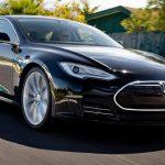 Бренд Tesla представит Model 3 в автосалоне Женевы