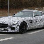 Модель Mercedes-AMG GT R в будущем году потеряет в весе, но прибавит мощности