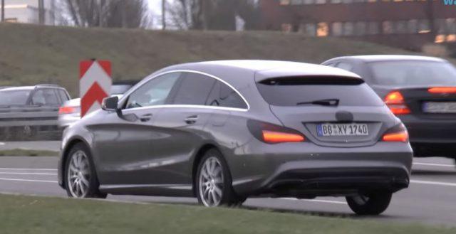 Две новинки Mercedes CLA и CLA Shooting Brake сфотографированы шпионами во время заездов