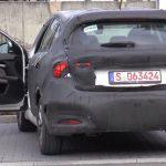 Шпионы сняли на камеру замаскированную новинку Fiat Tipo