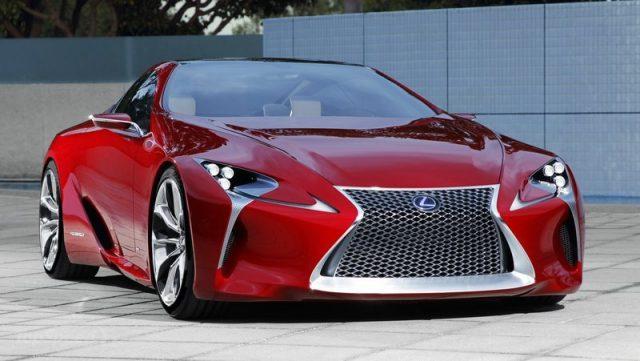 Компания Lexus опубликовала рекламный ролик для будущего мероприятия в Детройте