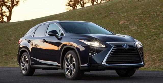 На автомобильном рынке РФ продажи премиального бренда Lexus выросли на 57 процентов