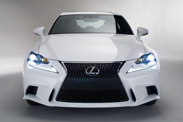 На Американском рынке автомобили от Lexus опять признаны самыми надежными