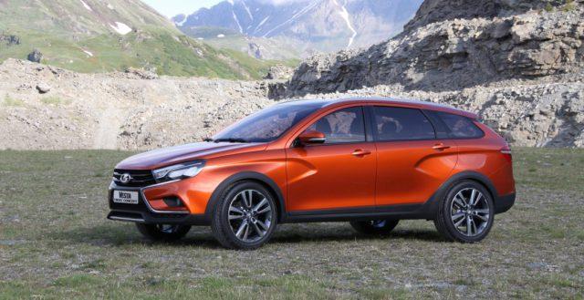Компания «АвтоВАЗ» готовится к началу производства универсальной версии Лада Веста Кросс