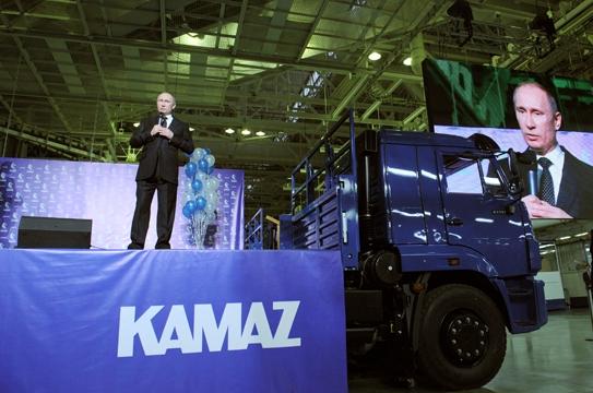 Компания КамаАЗ в этом году готова приобрести 53 000 автомобильных шин белорусского производства