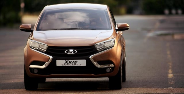 Обладатели автомобилей Лада смогут бесплатно получать помощь от компании на дороге