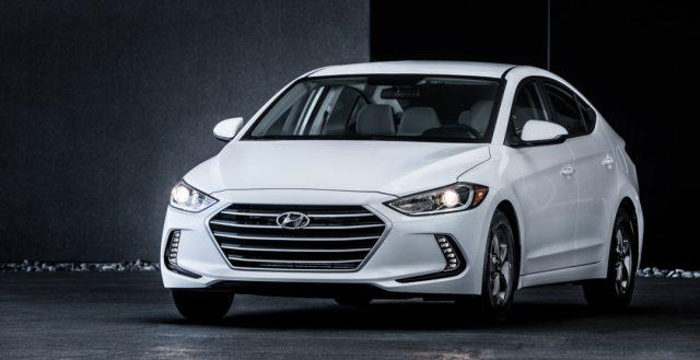 Руководители компании Хендэ рассказали о стоимость обновленной модели Элантра