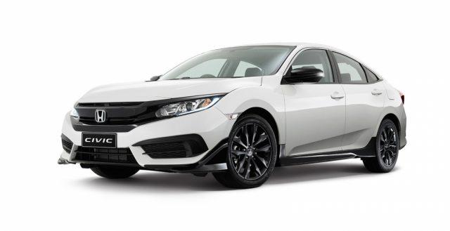Обновленная модель Хонда Цивик седан получила специальный пакет Блэк Пэк