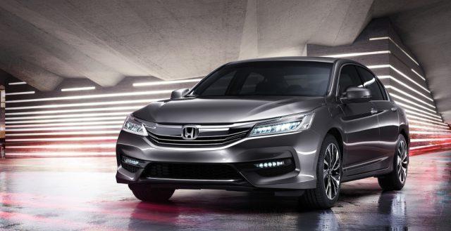 Компания Хонда показала посвежевшую модель Аккорд на Филлипинах