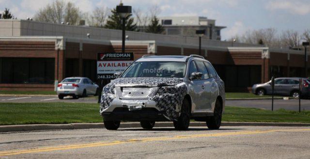 Компания Nissan продолжает тестировать свою новинку Pathfinder 2017 модельного года