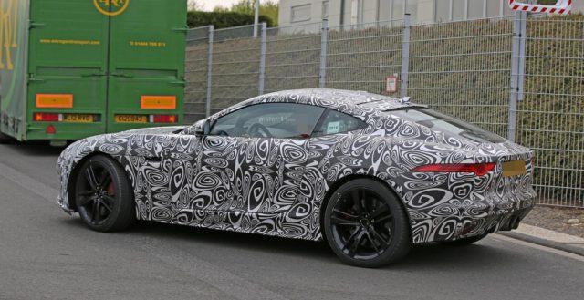 Доработанный Jaguar F-Type уже тестируется на трассе Нюрбургринга
