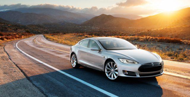 Спрос на автомобили Тесла в России в первом квартале снизился на 53 процента