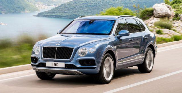 Компания Bentley показала публике доработанную версию кросса Bentayga