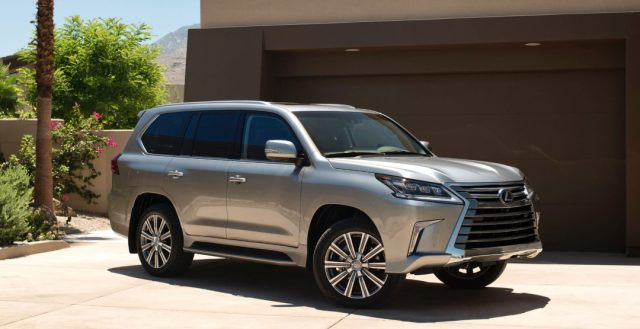На российском автомобильном рынке опять растут продажи японского бренда Лексус