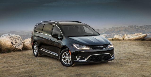 Американский краш-тест для минивена Chrysler Pacifica оказался успешным