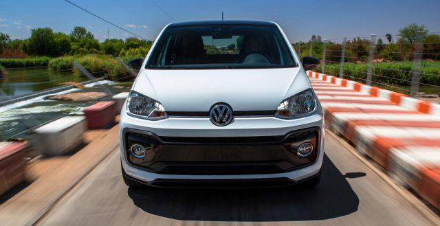 Мощную новинку Volkswagen UP! GTI покажут уже в 2018 году