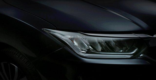 Руководство компании Honda выложила в сеть тизерные изображения новинки City