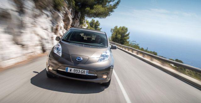Руководители бренда Nissan решили уменьшить ценники на свои электрические новинки
