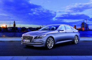 Hyundai Genesis 2017 - цены в России, комплектации, характеристики и фото