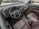 Митсубиси Аутлендер 2018 в новом кузове, цены, комплектации, фото, видео тест-драйв