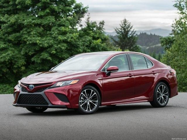 Какой будет новая модель Toyota Camry 2018? Фото Авто Коломна