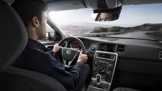Рассекречена внешность обновленного Volvo S60 2019 Фото Авто Коломна
