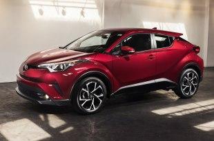 Toyota C-HR 2018 модельного года: цены, комплектации, фото и характеристики